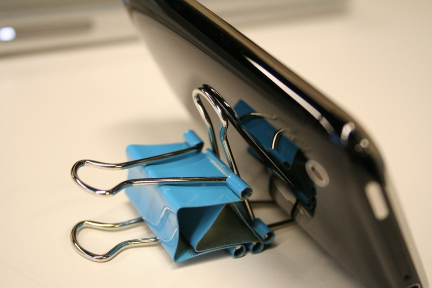 binder clips phone stand