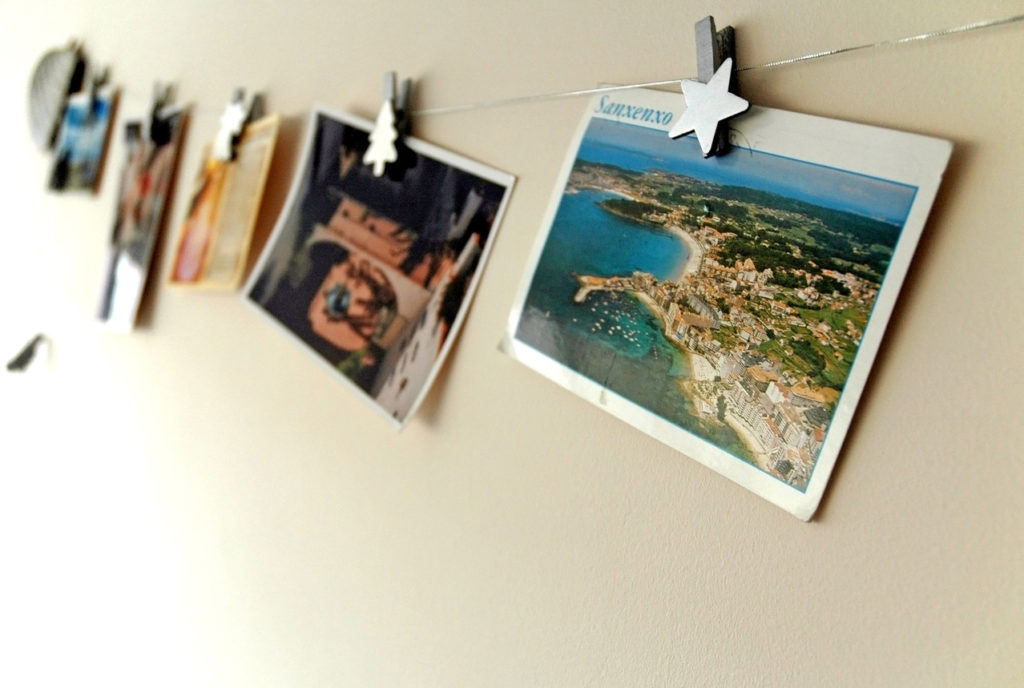 Hanging Postcards on Cubicle Wall using Clips & Wire